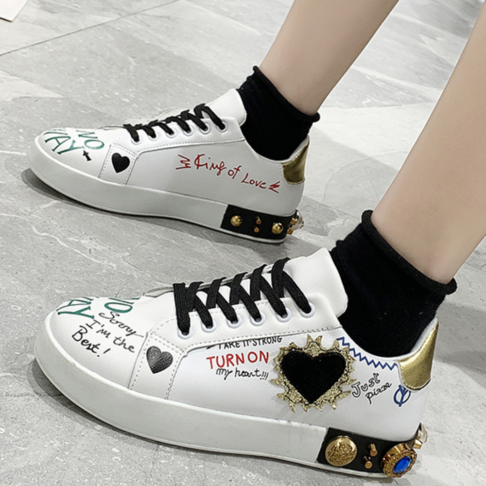 2020 Fashion Women Vulcanized Shoes Sneakers Ladies Lace-up Casual Shoes Breathable Canvas Print Shoes Graffiti Flat