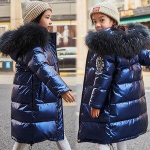 Image 1 - Rusya Snowsuit 2020 çocuk kış aşağı ceket kızlar için giysi su geçirmez açık kapüşonlu ceket çocuklar parka gerçek kürk giyim