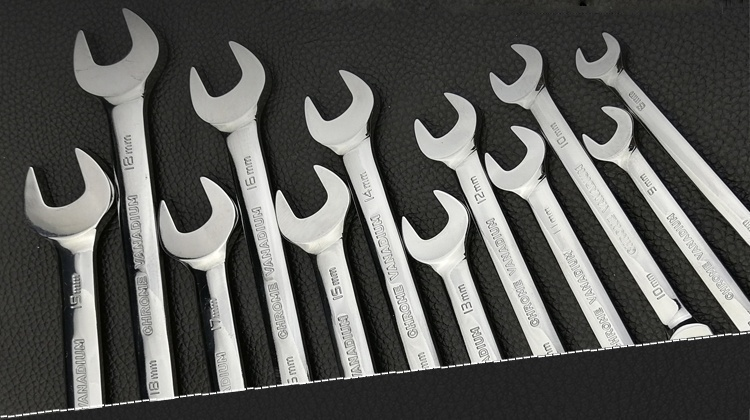 Купить с кэшбэком 8-19 Mm Tubing Flex Head Ratcheting Wrenches Set Gear Tube Wrench for Car Repair Oil Wrenches Spanner Tools