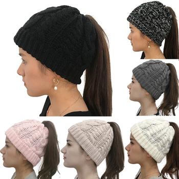 Zimowe czapki robione na drutach zimowe damskie czapki damskie dziewczyny Stretch czapka z dzianiny roztrzepany kok kucyk czapka Holey ciepłe czapki czapki tanie i dobre opinie GAOKE Dla dorosłych CN (pochodzenie) COTTON WOMEN Stałe 595072 Na co dzień