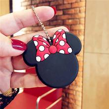Disney Mickey brelok kreatywne małe zabawki prezentowe dziewczyny moda Minnie breloczek kobiety wisiorek breloczek zabawki akcesoria do breloków