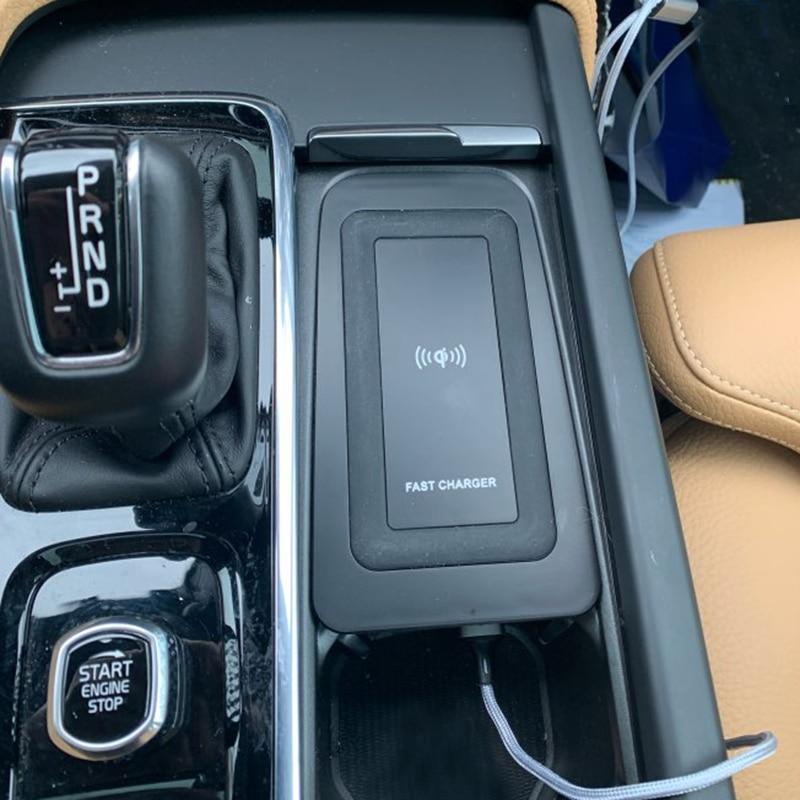 10 Вт автомобильное беспроводное зарядное устройство QI для Volvo XC90 S90 V90 XC60 V60 C60 2018 2019 2020, зарядная пластина, беспроводное зарядное устройство д...