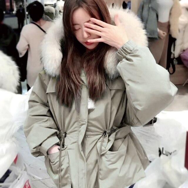 Janveny-manteau de duvet de plumes pour femme, énorme manteau en fourrure de raton laveur, Parka à capuche, hiver 2020 5