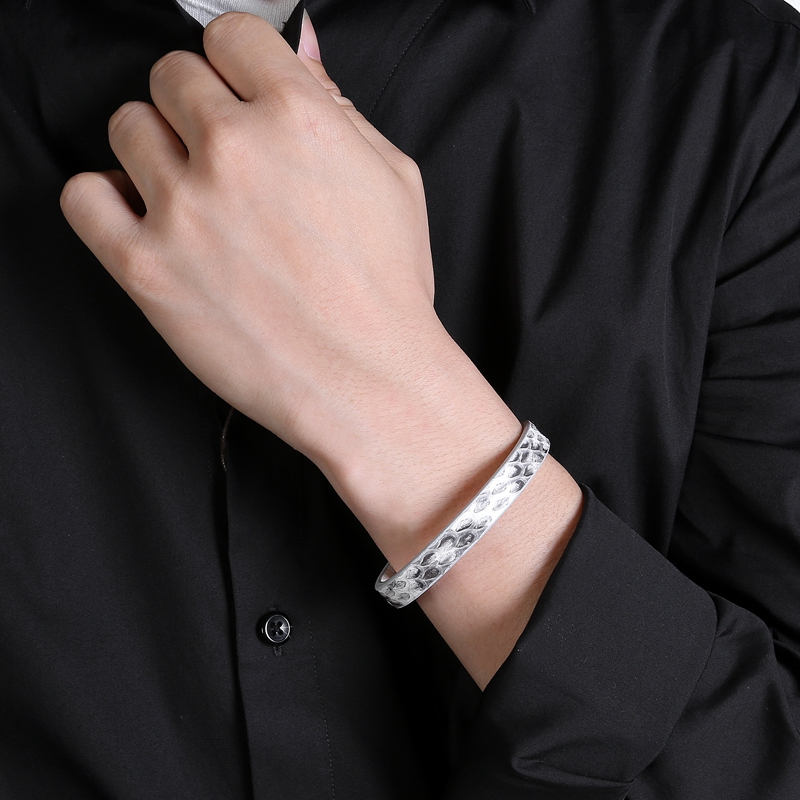 Fashion Men Charm Simple Snake Skin Leather Bangles Stainless Steel Magnet Buckle Bracelet Women Jewelry PS2044