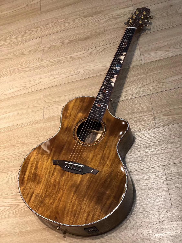 Usine chinoise de haute qualité nouveau produit + tout KOA corps solide guitare électrique + guitare acoustique coupe + livraison gratuite