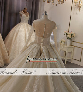 Image 3 - أنيق كامل الديكور الجسم كم طويل الدانتيل فستان الزفاف أخف لون الشمبانيا يمكن أن تجعل العاج