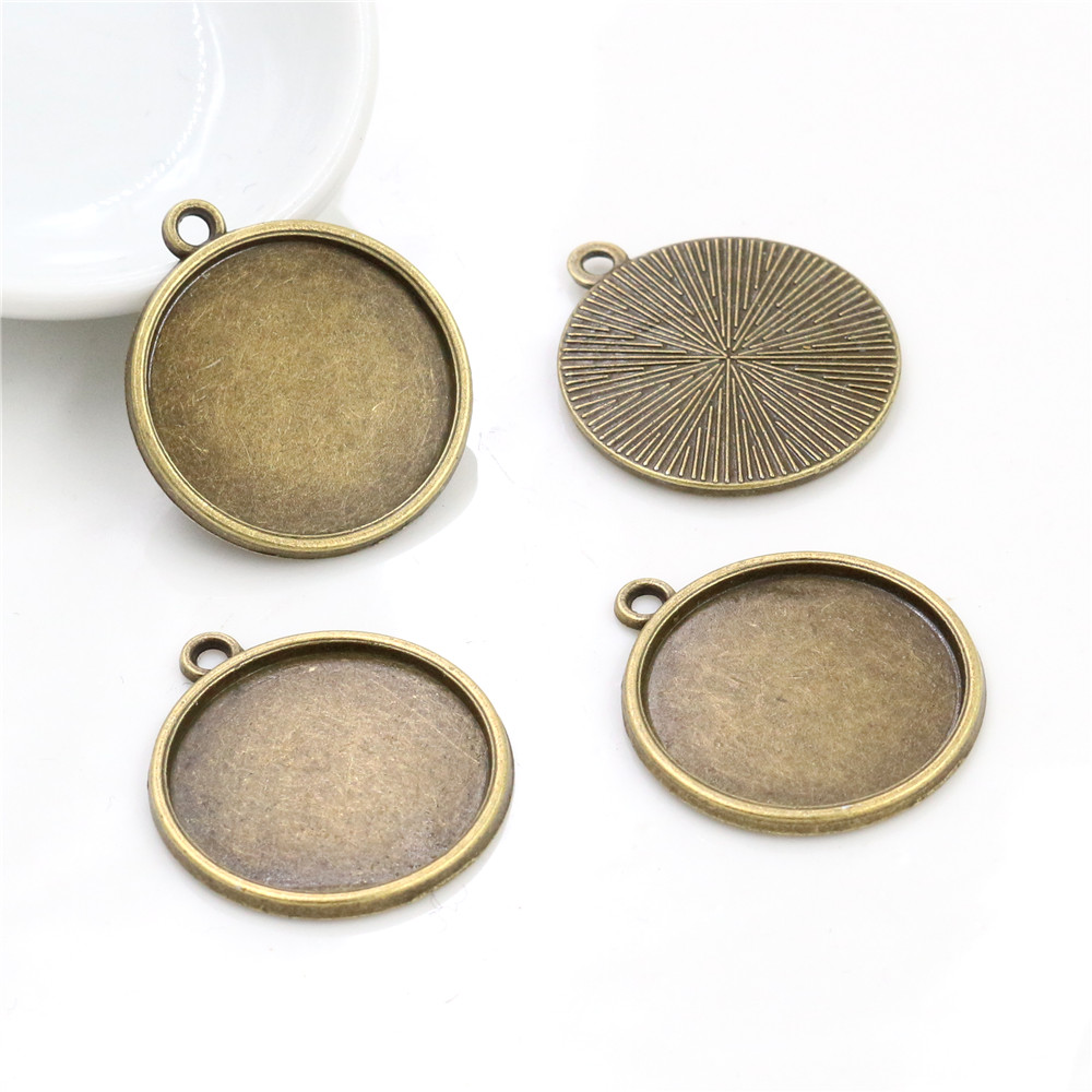 10pcs 20mm Inner Size Antique Bronze Classic Style Cabochon Base Setting Charms Pendant (D3-11)