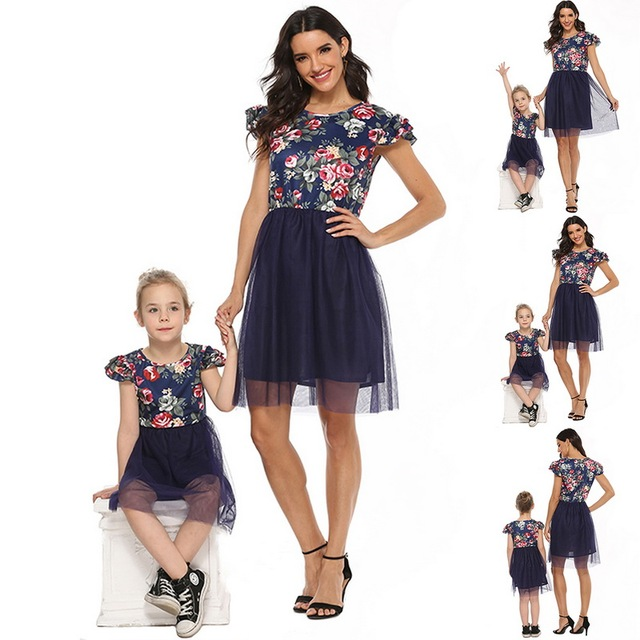 2020 Mother Daughter Dresses Short Sleeve Floral Short Dress Family Clothes Mom Daughter Princess Dress Family Matching Clothes 1