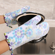 Kitchen Silicone Gloves Insulated Anti-slip Baking Glove Heat Pot Clips Microwave Oven Mitts Gloves Barbecue Oven Cooking BBQ gray color bbq gloves with no slip silicone grips oven mitts fireplace gloves baking cooking factory direct supply
