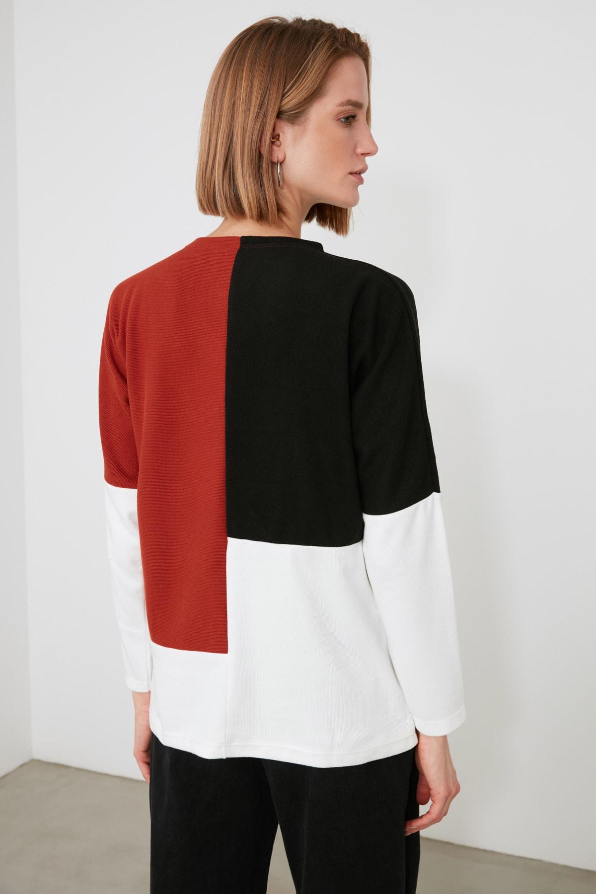 Trendyol With Color Block Knitted Sweatshirt TWOAW21SW1316