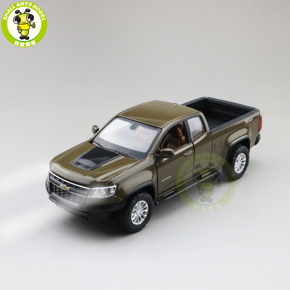 1/31 Chevrolet COLORADO Pickup Diecast Car Truck Model Toys Kids Boys Gifts