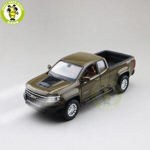 1/31 Chevrolet COLORADO Pickup Diecast coche juguetes modelo de camión niños regalos