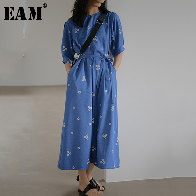 [EAM] Women Blue Pattern Printed Temperament Long Dress New Round Neck Half Sleeve Loose Fit Fashion Spring Summer 2020 1Y619