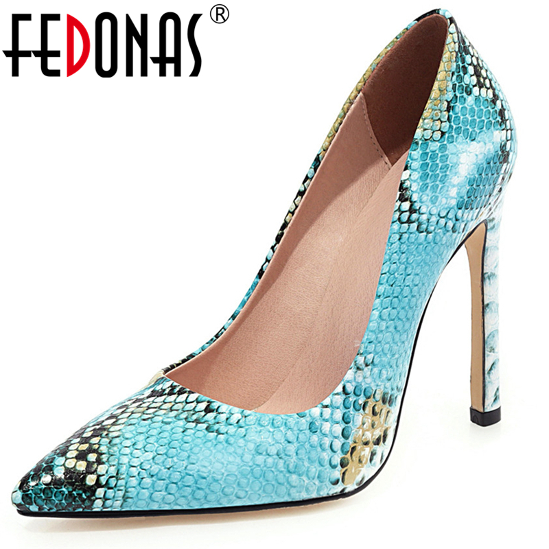 FEDONAS Brand Design Women Sexy Mature Snakeskin Pattern Point Toe Shoes Thin Heels Party Prom Night Club New 2020 Shoes Woman