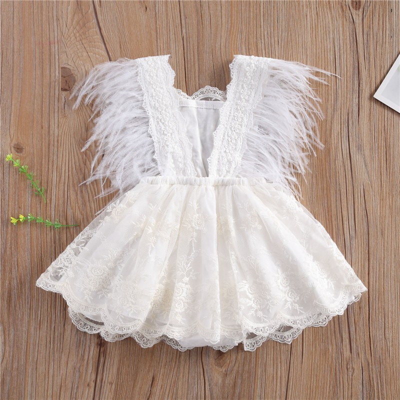 Pelele de encaje de princesa para niñas pequeñas, Mono Blanco con espalda descubierta de encaje de 0 a 24M, moda de verano sin mangas con borla de pluma, 2021
