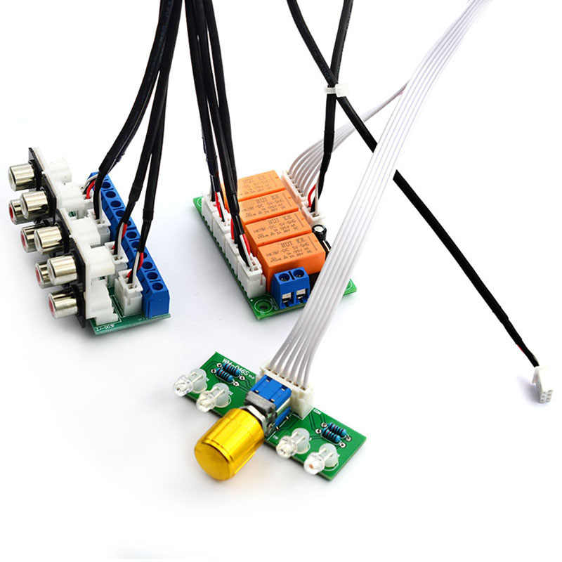 Relay 4-Way Audio Sinyal Input Selector Beralih RCA Audio Input Pilihan Papan Rotary Beralih untuk Amplifier (selesai)