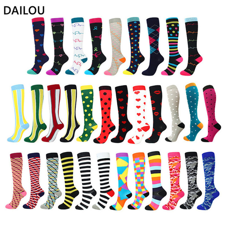 37style Men Women Nursing Compression Socks Unisex Outdoor Sports Run Travel Pressure Long Socks Relieve Knees Pain Happy Socks