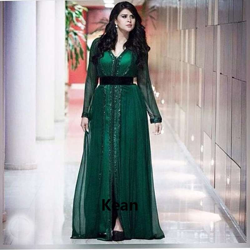 Emerald Green Moroccan Kaftan Dubai Evening Dresses Beads Belt Saudi Arabic Muslim Special Occasion Party Dress Plus Size
