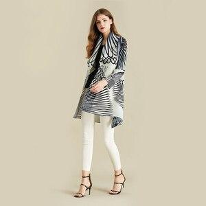 Image 2 - Lanmrem listra branca manga longa grande lapela plissada mulher cardigan fino jaqueta casual simples moda 2020 outono casaco novo tv586