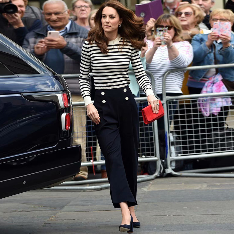 Kate Middleton New Fashion High Quality Party Office Striped Sweater Top Loose Black Trousers Vintage Elegant Chic Women'S Sets