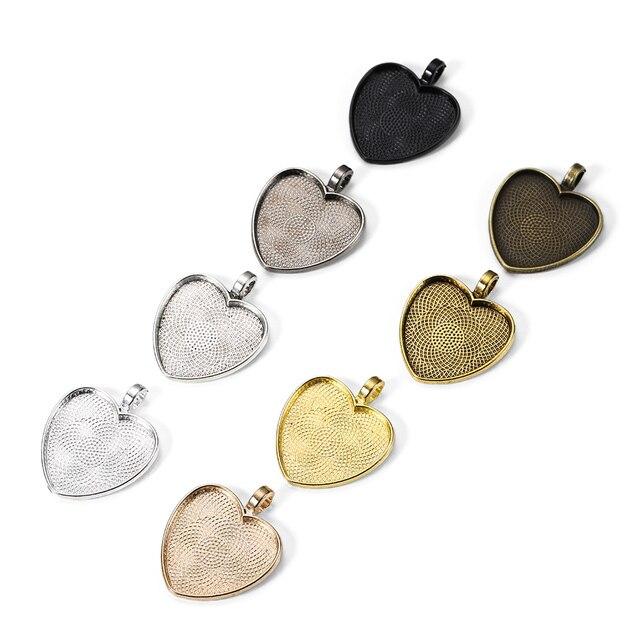 10 pièces/lot ajustement 25mm Antique verre en forme de coeur pendentif Cabochon Base réglage plateaux Base pour la fabrication de bijoux camée résultats