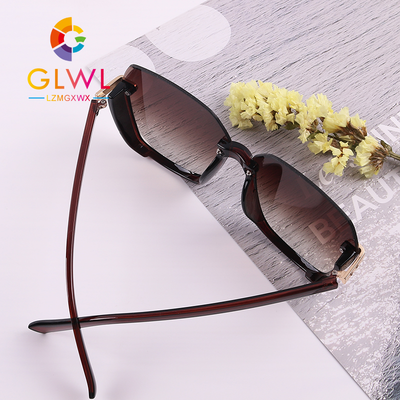Semi Rimless Women Sunglasses Retro Woman Rhinestone Sun Glasses Vintage Fashion Ladies Sunglass Driver Shade Luxury Brand 2020