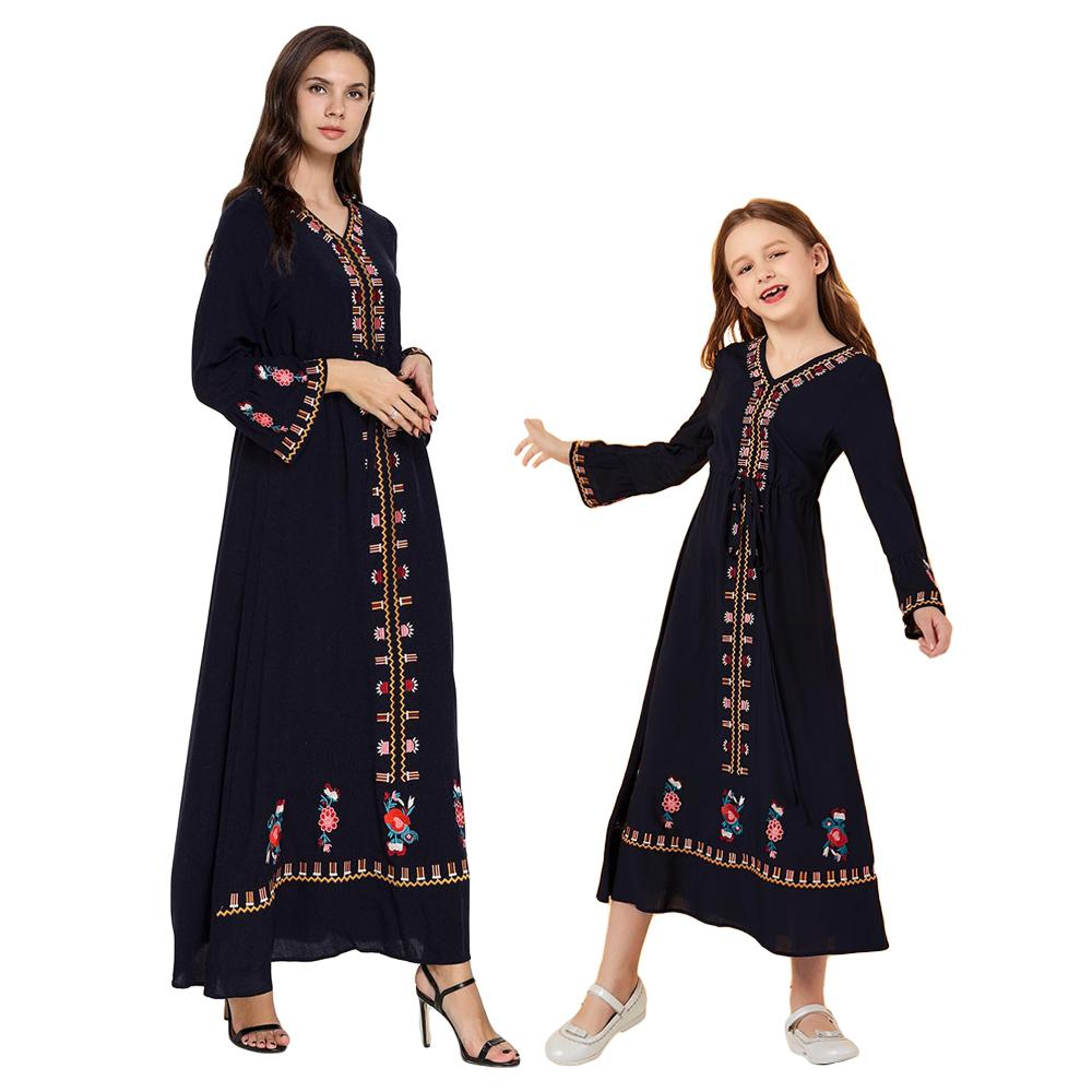 Muslim Women Girls Embroidery Maxi Dress Mother and Daughter Abaya Robe Clothes V neck Dresses Family Matching Outfits Fashion