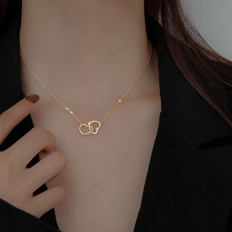 New Love Double Heart-shaped Connected Hollow Pendant Necklace Light Luxury Female Clavicle Chain
