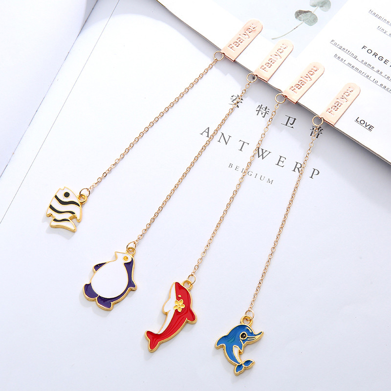 Cute Dolphin Whale Bookmarks Creative Metallic Pendant Book Mark For Book Kid Girl Gift School Office Supplies Korean Stationery