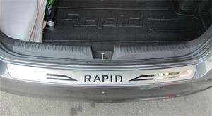 Image 1 - Acessórios do carro de aço inoxidável amortecedor traseiro protetor sill trunk piso placa guarnição para 2013  2018 skoda estilo do carro rápido