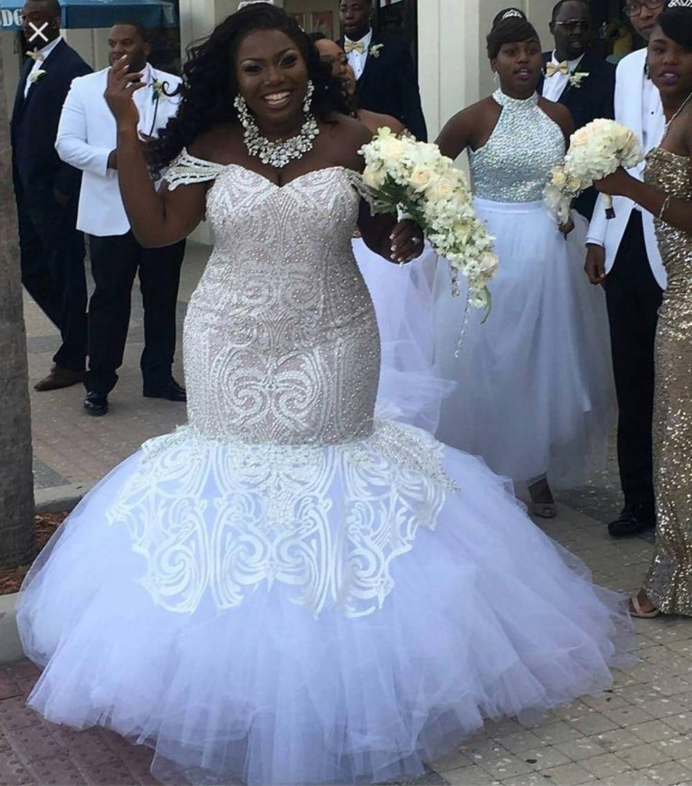 Africano moda Sereia Vestidos de Casamento Apliques de Lantejoulas Único Preto Elegante Vestido de Noiva Plus Size Rendas Até Vestido de festa