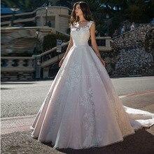 Light Pink Wedding Dresses 2020 Lace Appliques Sleeveless Bridal Gowns A Line Buttons Court Train Vestido De Noiva Plus Size