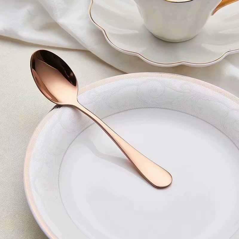 Spklifey ชุดอาหารเย็น 24 Pcs ช้อนส้อมมีดสแตนเลสชุดช้อนส้อมและช้อนสแตนเลสครัว