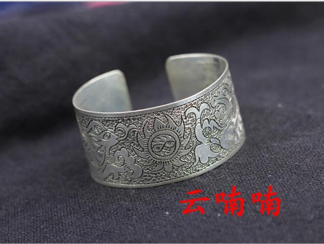 Phoenix Beautiful national wind hand-woven bracelets bracelets old Miao silver bracelet hand jewelry lovers