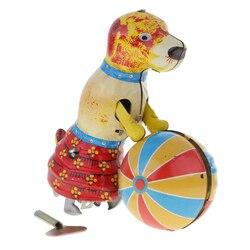 Klassieke Wind-Up Toys Leuke Hond Push Bal Clockwork Tin Speelgoed Voor Volwassen Nieuwigheid