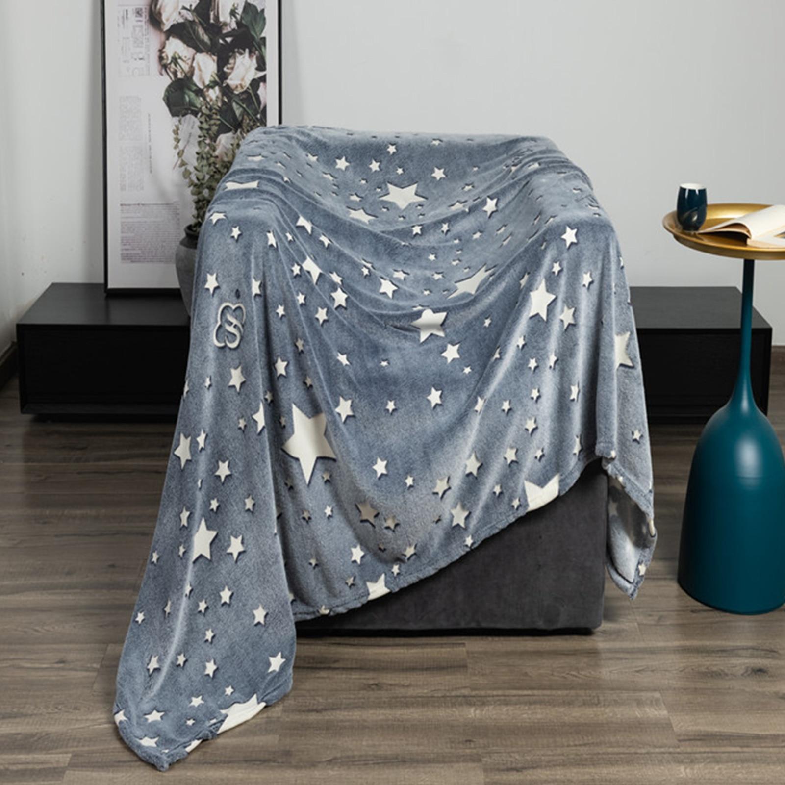 Cartoon Animals Glow In The Dark Throw Blanket Single-layer Thickening Flannel Fine And Soft Flannel Wrap Blanket For Kids