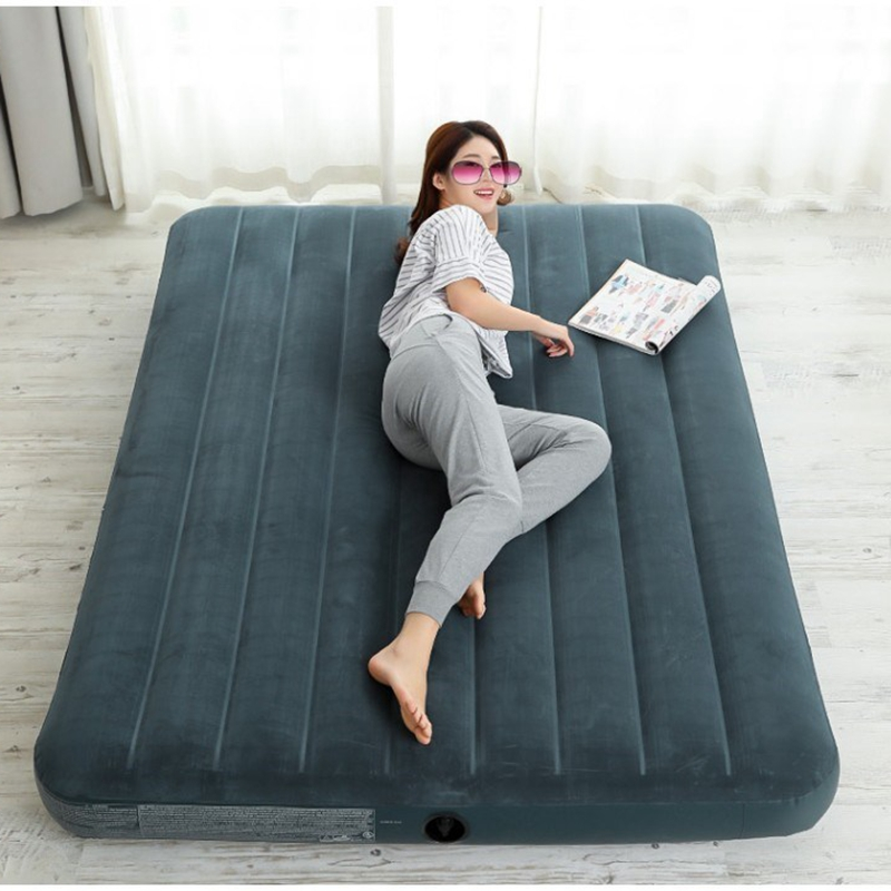 150cm / 180cm Large Size Portable Inflatable Double Bed Flocked PVC Air Bed Mattress For Outdoor Home Garden Camping