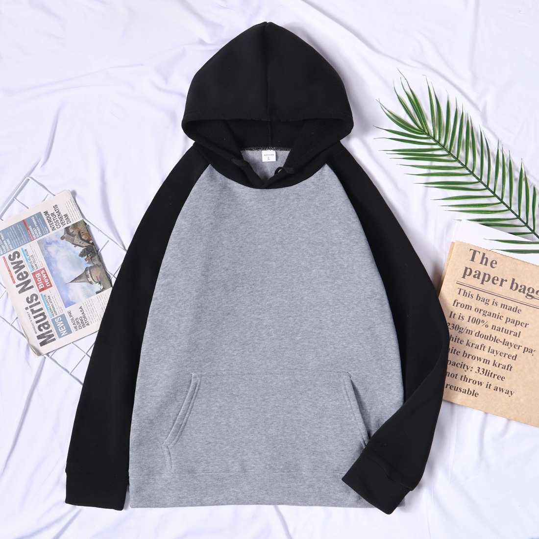 Men Harajuku Leisure Soft Sweatshirts K-pop Fashion Print Homme 2021 Raglan Hoodies  Streetwear Black White Hoody Pullovers