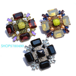 Image 4 - Classic Jewelry Six Color Big Crystal Brooch for Party Wedding Accessories Fashion Breast Pin Cross Brooch Ladies Coat Garments