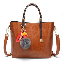 New retro bucket ladieshandbags, shoulder bags, European and American fashion ladies oblique bags