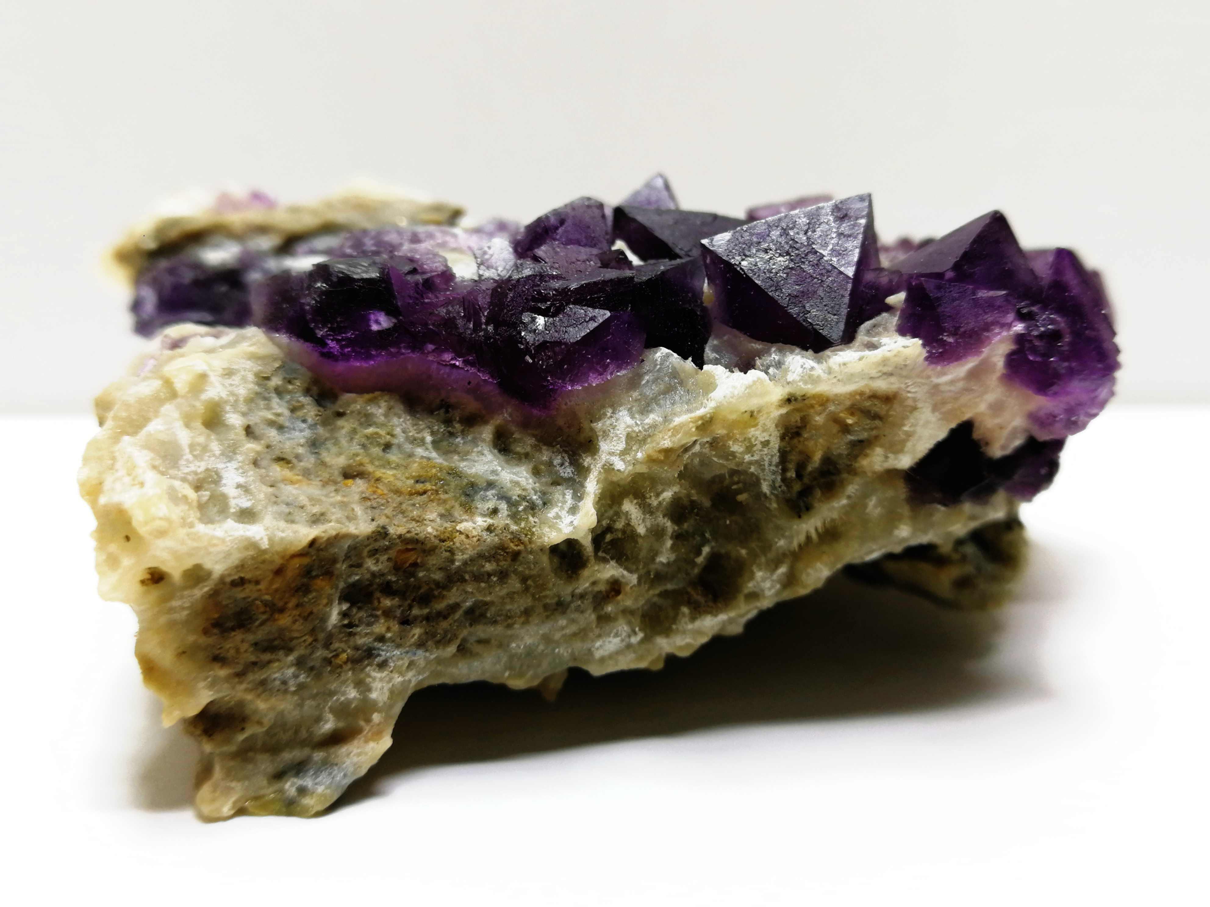 141.3 Gnatural Tím Fluorit Khoáng Mẫu Vật, Tinh Thể Thạch Anh, Nội Thất Trang Trí