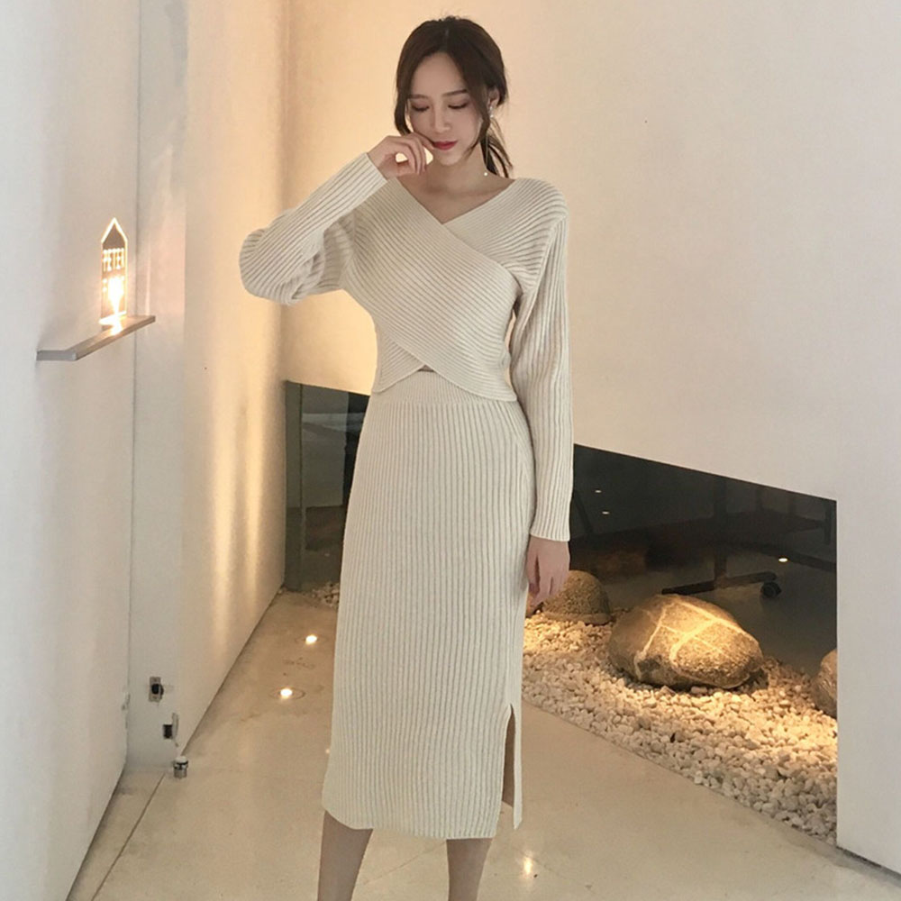 Women Spring Autumn Solid Black Two Piece Sets Office Ladies Korean Style Sweater Skirt Suits Split V-Neck Suits Street Wear