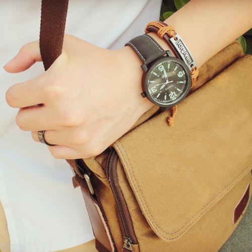 Fashion Men Women Leather Strap Quartz Sport Wrist Watch Glow In The Dark Faux
