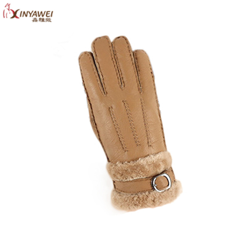 2019 New Leather Sheep Fur Fur Gloves Thickening Ladies Winter Warm Multi-Color Ladies Go Out Warm Gloves.