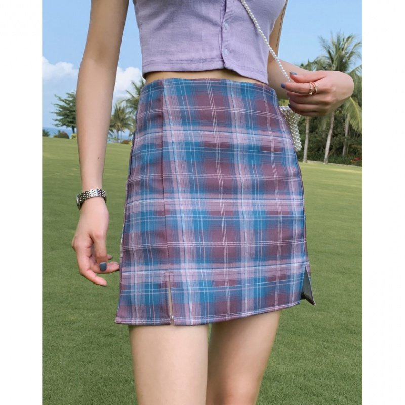 Retro College Style Light Proof Girl's Skirt With High Waist And Buttocks In INS Style A-line Plaid Skirt