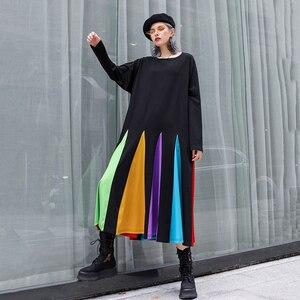Image 4 - [EAM] נשים צבעוני פסים Hem גדול גודל שמלה חדש עגול צוואר ארוך שרוול Loose Fit אופנה גאות באביב סתיו 2020 1D621