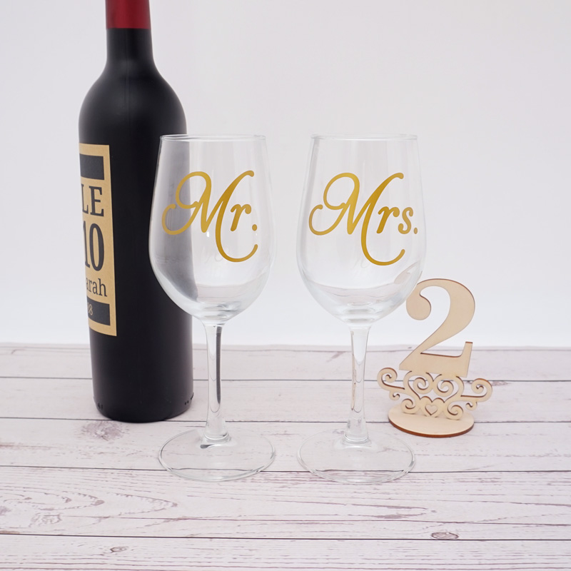 5 Pairs Mr.Mrs. Engagement Party Wine Glass Sticker Wine Bottle Labels Wedding Anniversary Party Decor