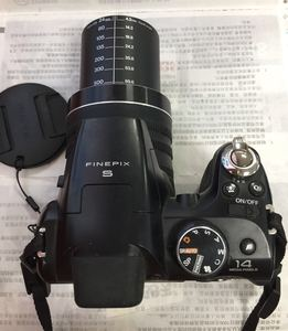 Used, Fujifilm FinePix S4050 14 MP Digital Camera with Fujinon 30x Super Wide Angle Optical Zoom Lens and 3-Inch LCD