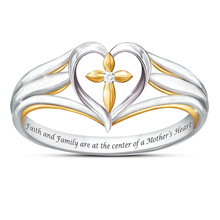Двухцветное кольцо в форме сердца с крестом женское Молитвенное