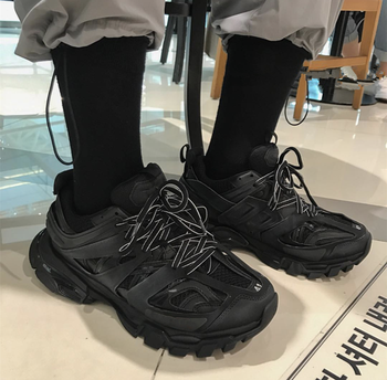 Fashion vintage Men chunky sneakers Hip Hop Casual Shoes Lace Up Thick Platform Flats Street Dancing Shoes tenis zapatos hombre fashion colorful platform men casual shoes breathable men designer shoes hip hop luxury brand couple sneakers men zapatos hombre